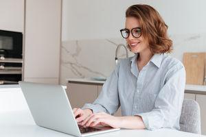 Język ofert pracy – kobiety o feminatywach