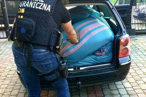 Znaleźli nielegalny towar o wartości ponad pół miliona złotych!