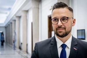 Lewica zgłasza poprawki do Polskiego Ładu. Poseł Kulasek z Olsztyna: Podatki to zbyt poważna rzecz, aby zostawić je PiS-owi