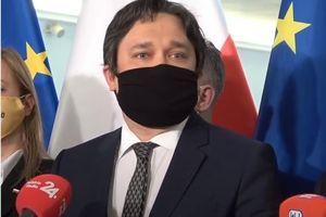 PiS zaakceptuje kandydata opozycji na RPO. Posłowie z Warmii i Mazur komentują