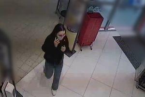 Poznajesz ją? Olsztyńscy policjanci chętnie porozmawiają ze złodziejką perfum [VIDEO]
