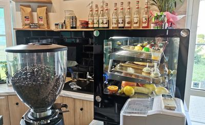 Zrelaksuj się przy pysznej kawie w Kawiarni Zielonkawa