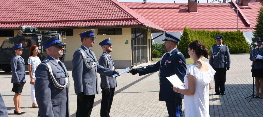 Powiatowe obchody Święta Policji. Były awanse, wyróżnienia i medale