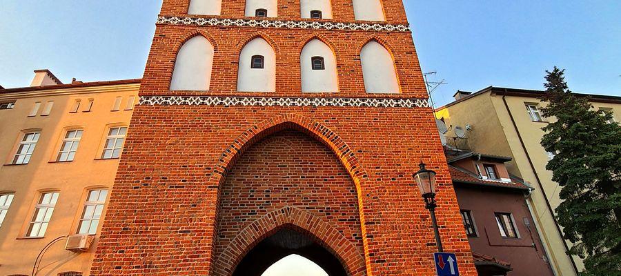 Średniowieczna Brama Lidzbarska w Bartoszycach