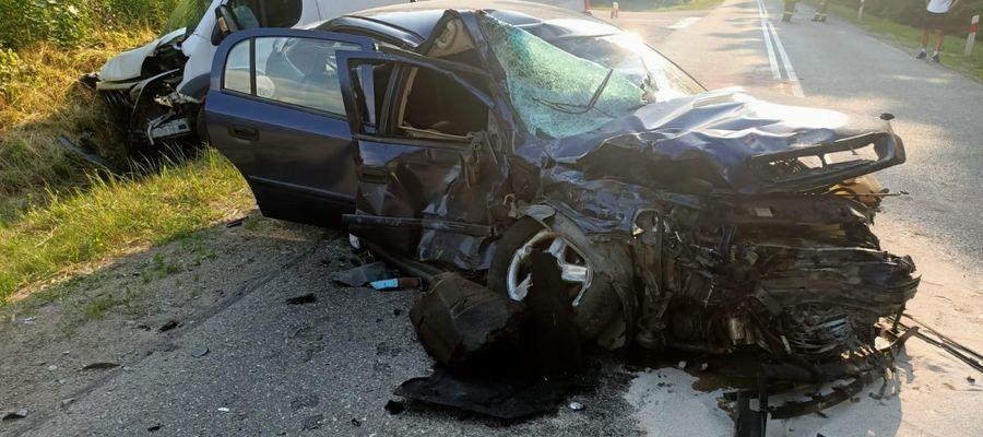 Zderzenie trzech samochodów pod Oleckiem. Jeden z kierowców trafił do szpitala