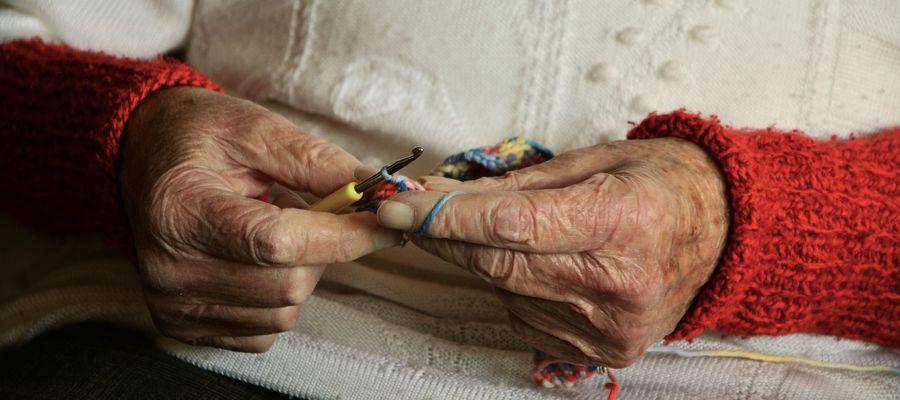 Nidzica: znęcał się nad swoją 90-letnią matką