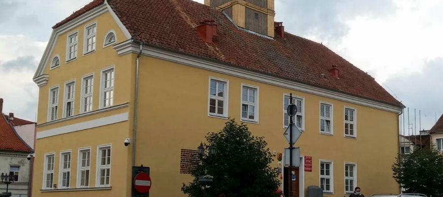 W piwnicznych pomieszczeniach Ratusza w Górowie Iławeckim rusza punkt pomocy psychologicznej.