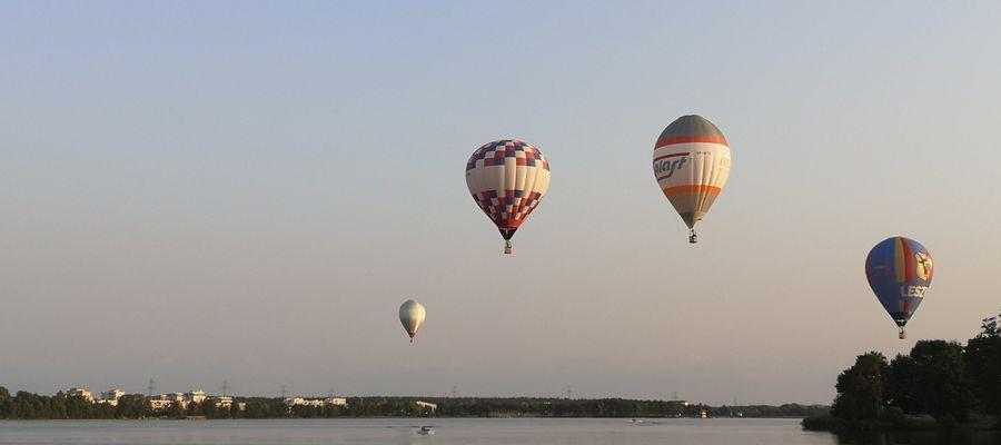 Trwają zawody balonowe na ełckim niebie