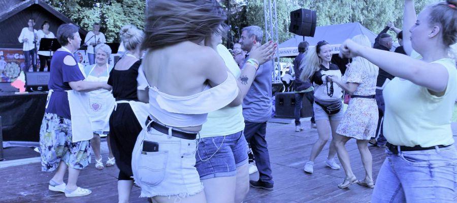 Tańce w plenerze