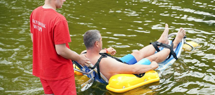 Wózki-amfibie to wielkie udogodnienie dla niepełnosprawnych