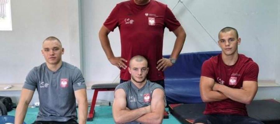 Zawodnicy i trener TS Nida na zgrupowaniu kadry narodowej