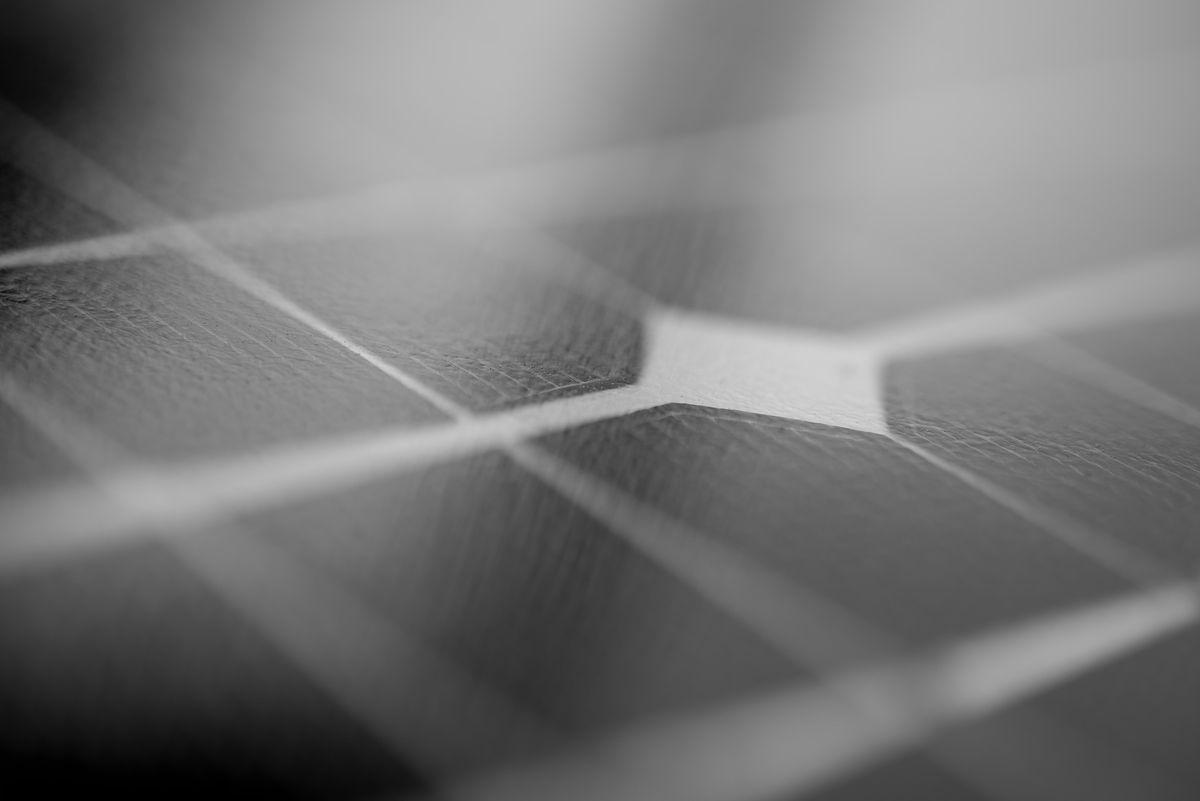Nowoczesne panele fotowoltaiczne są praktycznie bezobsługowe i bezawaryjne.