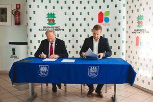 Umowy na dwie inwestycje podpisane