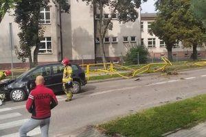 Olecko: Chwila nieuwagi i jazdę zakończył na barierkach