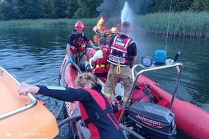 Pożar motorówki na jeziorze Bełdany