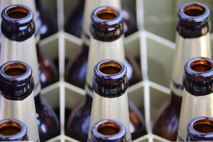 GIS wycofuje ze sklepów piwo bezalkoholowe, bo ma alkohol. Producent się pomylił