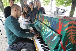 Zagraj na pianinie w centrum Olsztyna. Trwa Open Piano