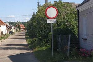 Ulica Tylna w Janowie zamknięta