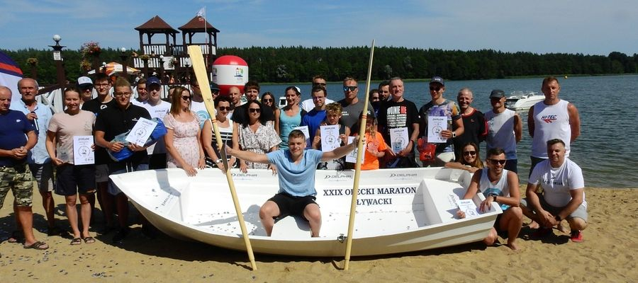 Piotr Woźniak z Olsztyna wygrał XXIX Olecki Maraton Pływacki