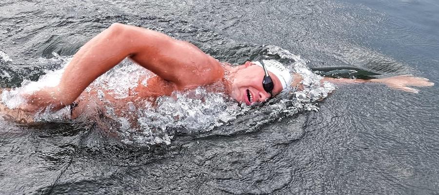 Krzysztof Gajewski chce pobić rekord świata w pływaniu non stop