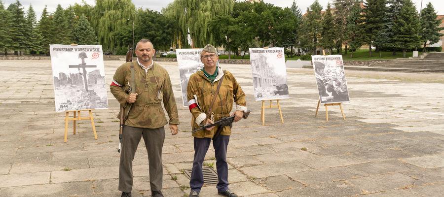 Obchody zorganizowało stowarzyszenie PATRIA, pod patronatem Burmistrza Piotra Petrykowskiego