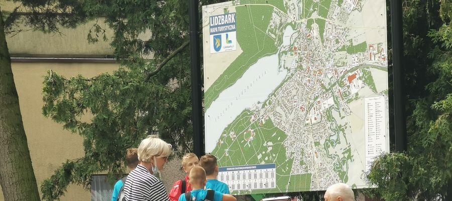 Nowe oznakowanie turystyczne w Lidzbarku
