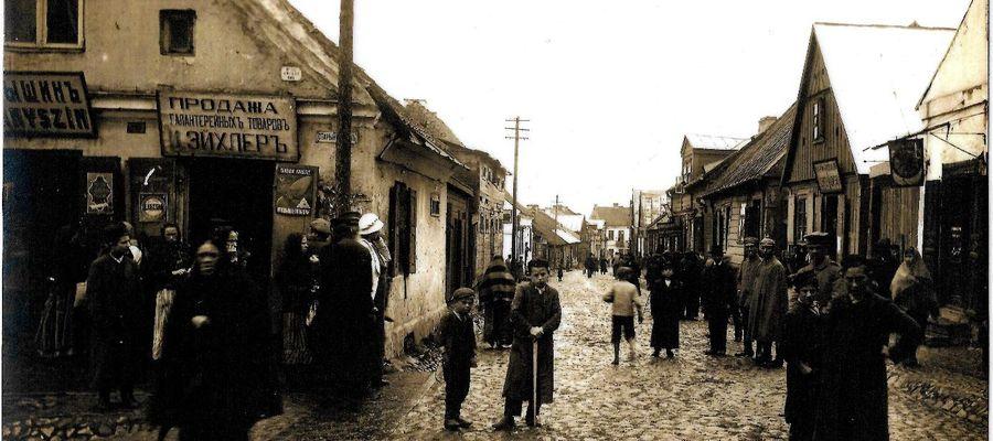 Ulica Płocka zamieszkana była w większości przez Żydów