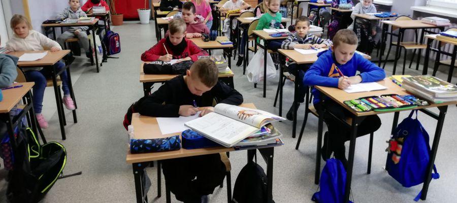 Lekcje w Szkole Podstawowej nr 2 w Mławie