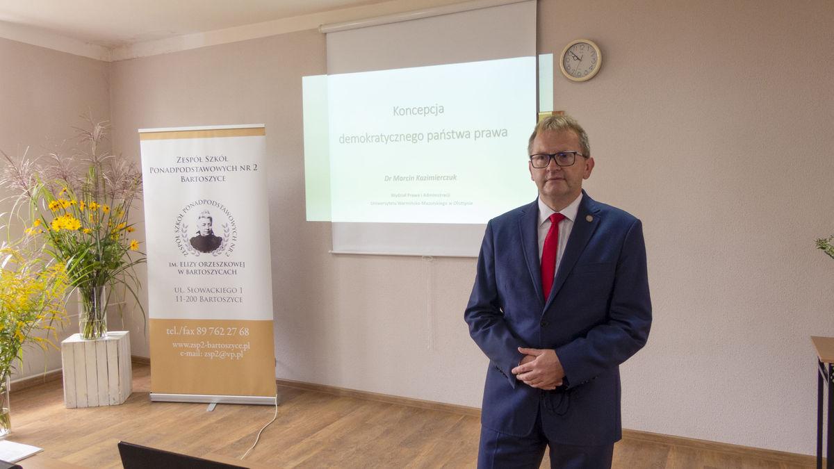 dr Marcin Kazimierczuk z UW-M