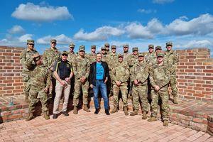 Wizyta żołnierzy NATO na meczu baseballu w Działdowie