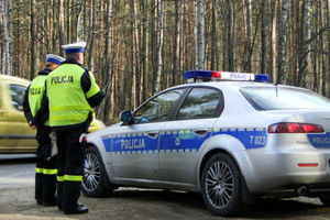 """""""Co się patrzysz"""" - takim tekstem rozpoczął rozmowę pijany kierowca z policjantką"""