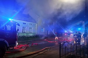 Nocny pożar w Barcianach. Pięć rodzin bez dachu nad głową
