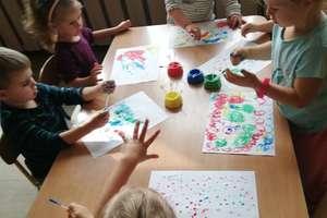 Jak dzieci świętują Dzień Kropki?