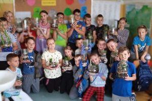Warsztaty naukowe w szkole w Gwiździnach