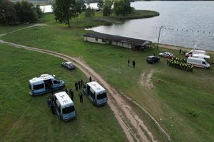 Ciało 27-latka z Mazowsza znaleziono w jeziorze