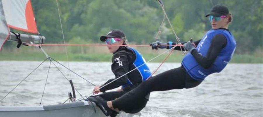 Magdalena Chyła i Oliwia Jekiel z Nauticusa Yacht Club Olsztyn obroniły tytuł mistrzyń Polski w nieolimpijskiej klasie 29er