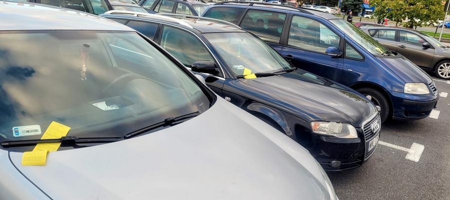 Większość kierowców dostała wezwanie do zapłaty dodatkowej. Czy słusznie?