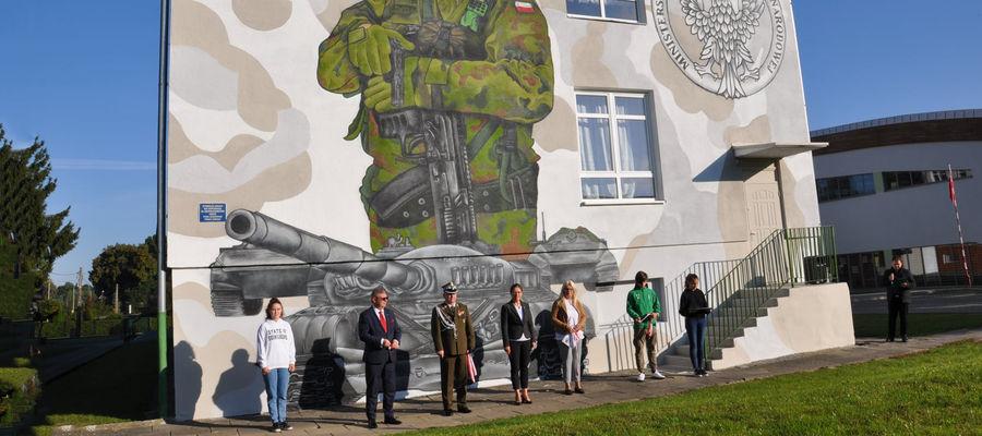 10. września odsłonięto mural