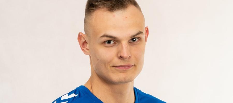 Karol Cichocki, nowy nabytek Jezioraka, rzucił dla drużyny z Iławy 12 bramek w meczu ze Szczypiorniakiem II Olsztyn
