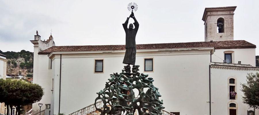 53. rocznica śmierci Ojca Pio. To tutaj mieszkał [ZDJĘCIA]