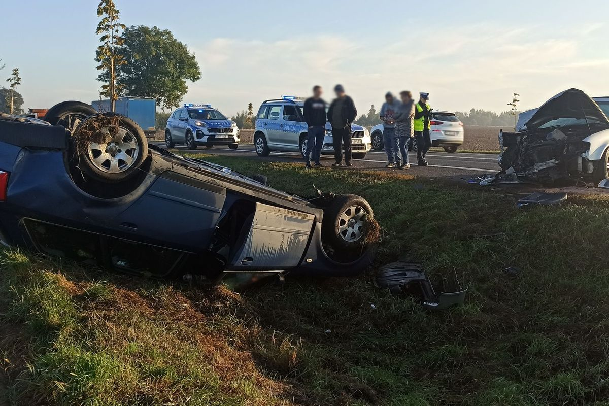 Dwie osoby zostały ranne w wypadku w Wiśniewie