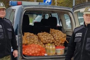 Straż Graniczna z Gołdapi stoi na straży zdrowia i bezpieczeństwa małżeństwa, które mieszka w Puszczy Rominckiej