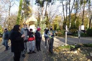Wycieczka po lidzbarskim cmentarzu