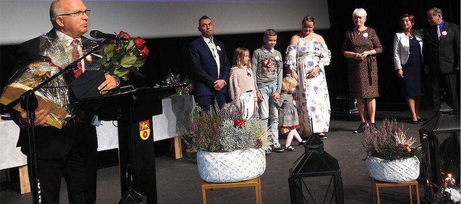 Rodziny biorące udział a w projekcie podziękowały burmistrzowi miasta